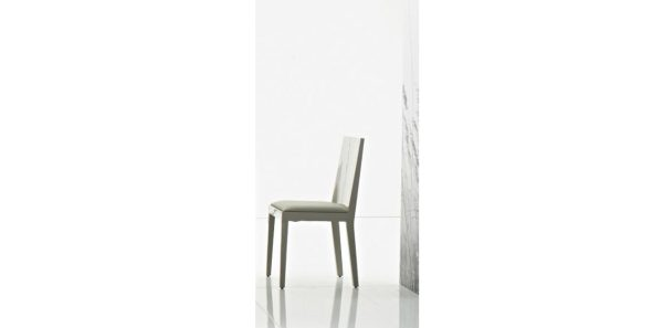 PLANO DINING CHAIR