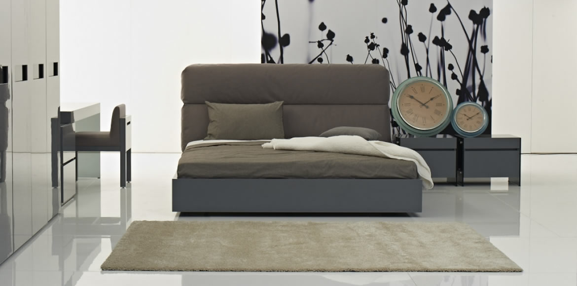COACH BED